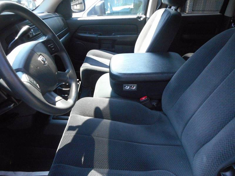 2005 Dodge Ram Pickup 1500 4dr Quad Cab SLT 4WD SB - Amityville NY