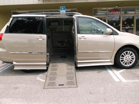 2007 Toyota Sienna for sale at The Mobility Van Store in Lakeland FL