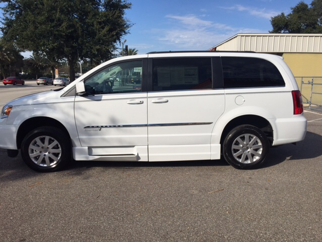 2014 chrysler town and country touring 4dr mini van in lakeland fl. Cars Review. Best American Auto & Cars Review