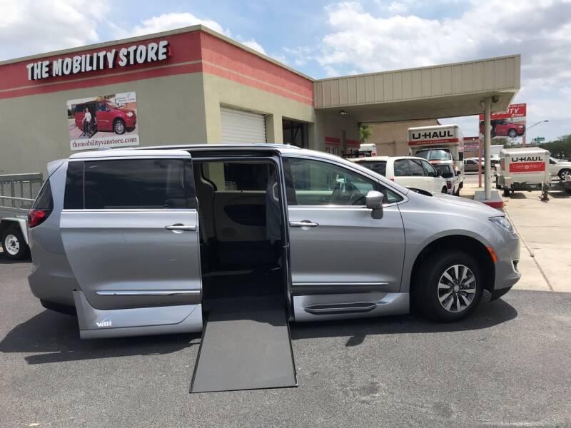 2020 Chrysler Pacifica Touring L Plus 4dr Mini-Van - Lakeland FL