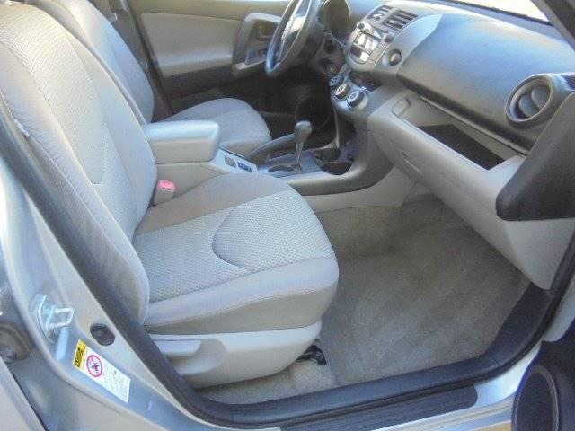 2008 Toyota RAV4 4x4 4dr SUV w/TH Third Row Package - Tremont IL