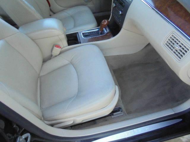 2005 Buick LaCrosse CXL 4dr Sedan - Tremont IL