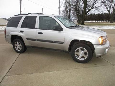 2004 Chevrolet TrailBlazer LS for sale at Crossroads Used Cars Inc. in Tremont IL