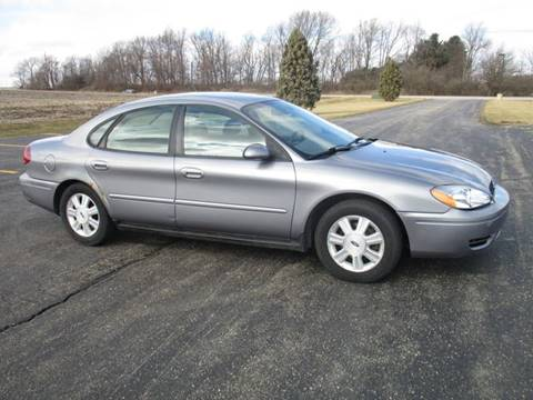 2007 Ford Taurus SEL for sale at Crossroads Used Cars Inc. in Tremont IL