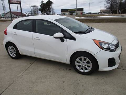 2016 Kia Rio 5-Door LX for sale at Crossroads Used Cars Inc. in Tremont IL