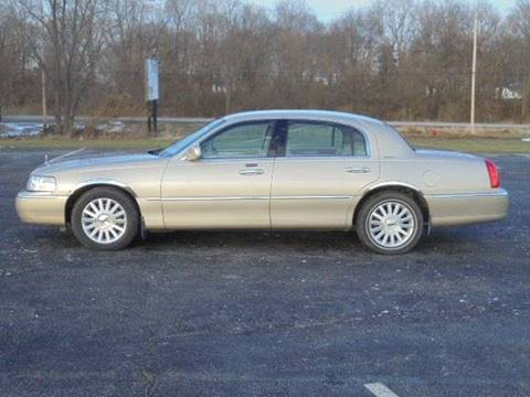 2004 Lincoln Town Car for sale in Tremont, IL