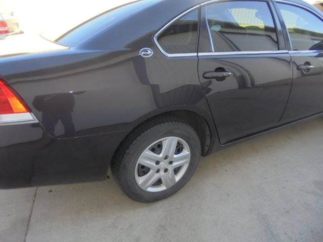 2008 Chevrolet Impala LS 4dr Sedan - Tremont IL
