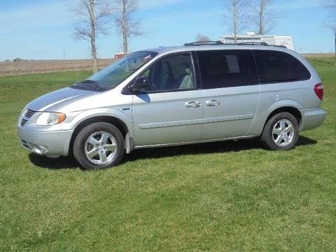 2005 Dodge Grand Caravan for sale in Tremont, IL
