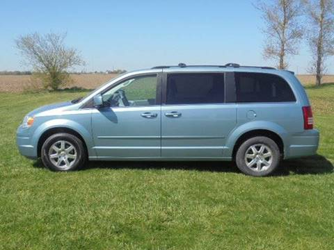 2008 Chrysler Town and Country for sale in Tremont, IL