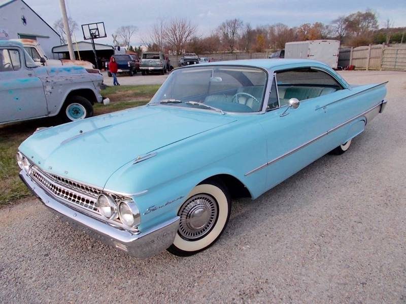 1961 Ford Galaxie Starliner In Knightstown IN - 500 CLASSIC AUTO SALES