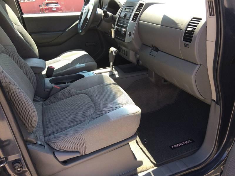 2010 Nissan Frontier 4x4 SE V6 4dr Crew Cab SWB Pickup 5A - Cameron MO