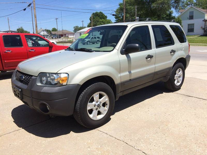 2005 Ford Escape AWD XLT 4dr SUV - Cameron MO