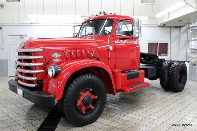 1953 Diamond-T 921-T for sale at Evolve Motors in Chicago IL