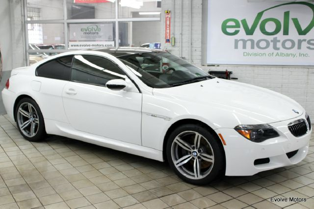 2006 BMW M6 for sale at Evolve Motors in Chicago IL