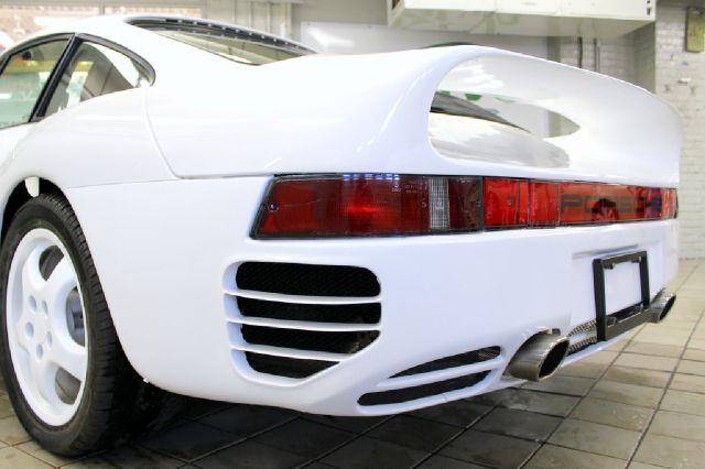 1982 Porsche 911 for sale at Evolve Motors in Chicago IL