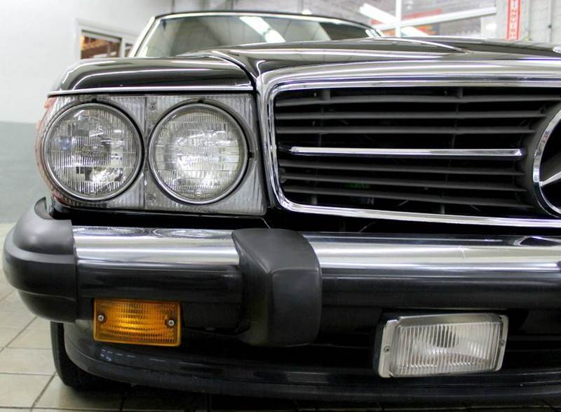 1986 Mercedes-Benz 560-Class for sale at Evolve Motors in Chicago IL