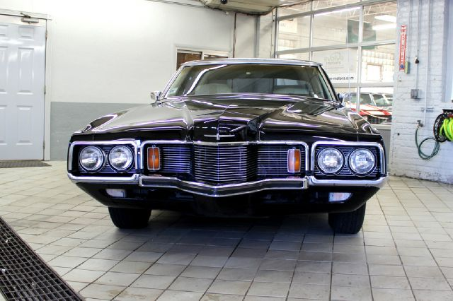 1971 Ford Thunderbird for sale at Evolve Motors in Chicago IL