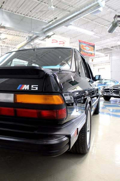 1988 BMW M5 for sale at Evolve Motors in Chicago IL