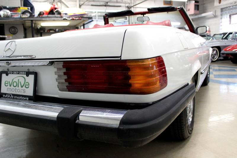 1975 Mercedes-Benz 450 SL for sale at Evolve Motors in Chicago IL