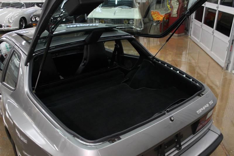 1987 Porsche 944 for sale at Evolve Motors in Chicago IL