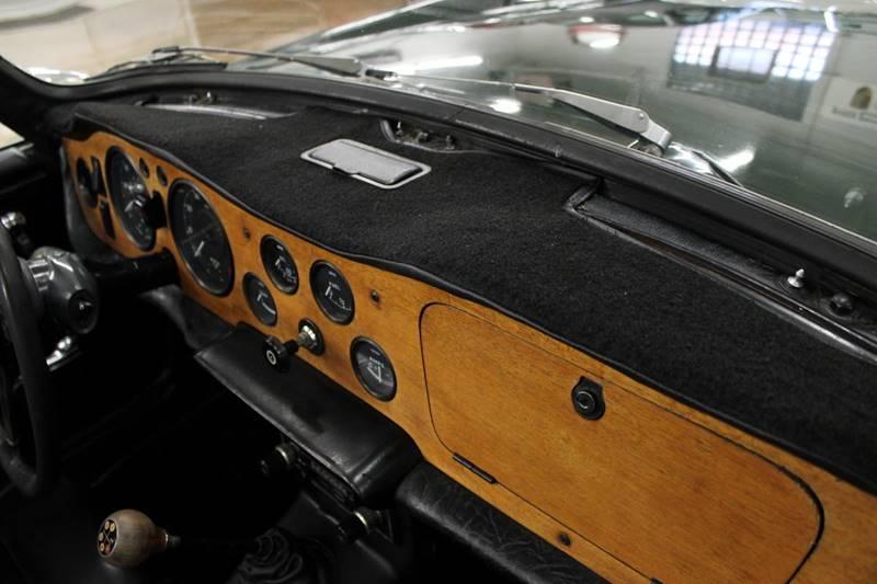 1971 Triumph TR6 for sale at Evolve Motors in Chicago IL