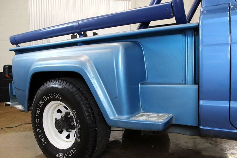 1982 Jeep J-10 Pickup for sale at Evolve Motors in Chicago IL