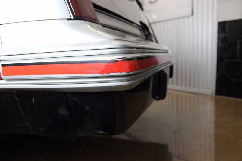 1984 Oldsmobile Cutlass Calais Hurst 2dr Coupe - Chicago IL