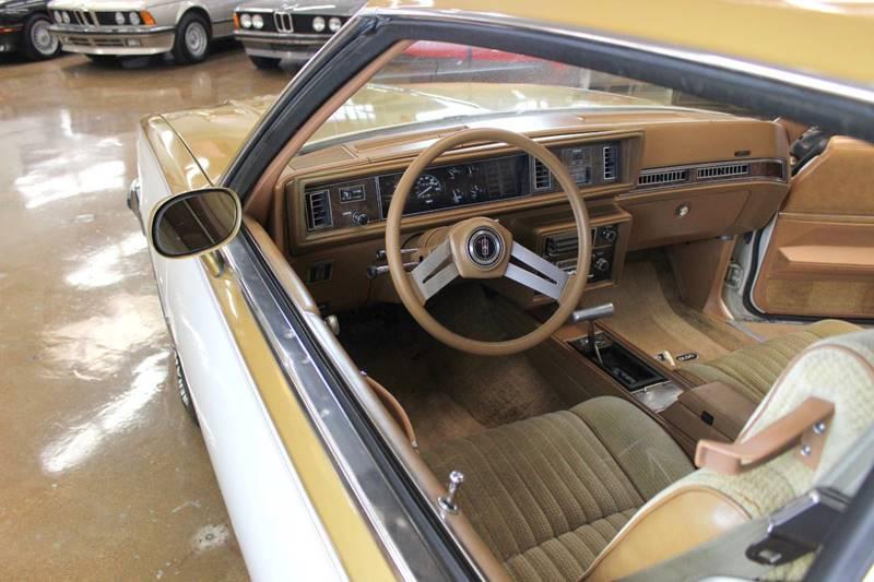 1979 Oldsmobile Cutlass Calais Hurst W30 - Chicago IL