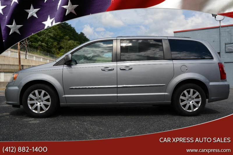 2014 Chrysler Town and Country for sale at Car Xpress Auto Sales in Pittsburgh PA