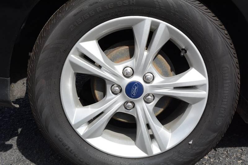 2014 Ford Focus SE 4dr Sedan - Pittsburgh PA