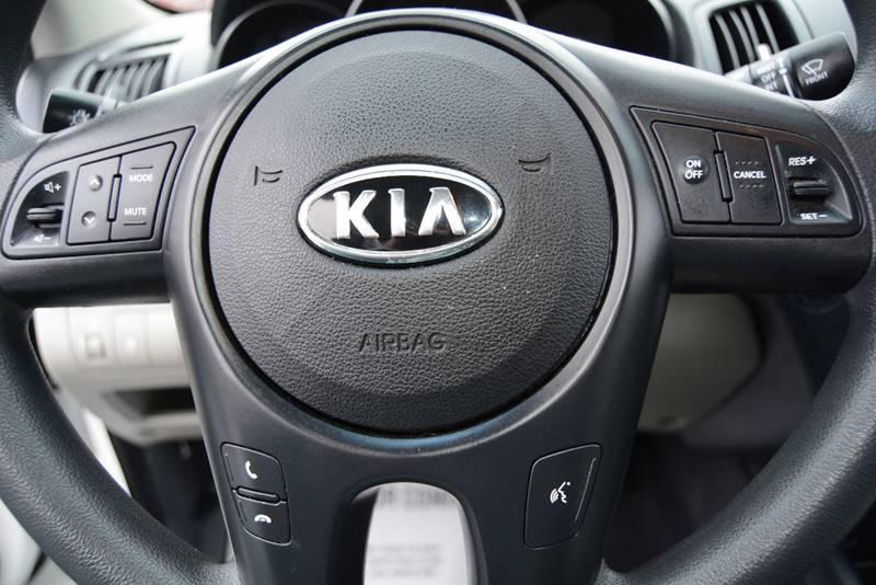 2010 Kia Forte EX 4dr Sedan 4A - Pittsburgh PA