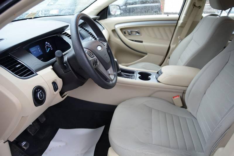 2014 Ford Taurus SE 4dr Sedan - Pittsburgh PA