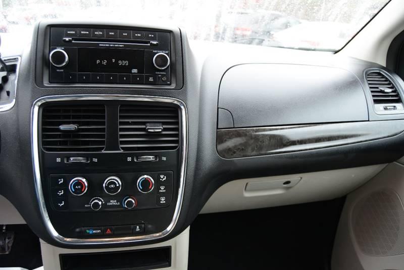 2013 Dodge Grand Caravan SXT 4dr Mini-Van - Pittsburgh PA