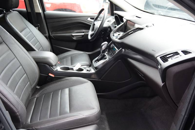 2014 Ford Escape Titanium 4dr SUV - Pittsburgh PA