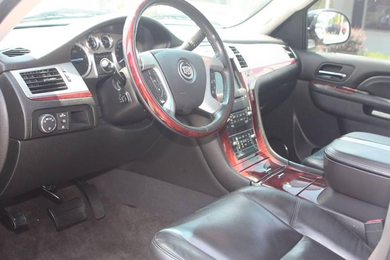 2010 Cadillac Escalade for sale at Car Collection Inc. in Monroe NC