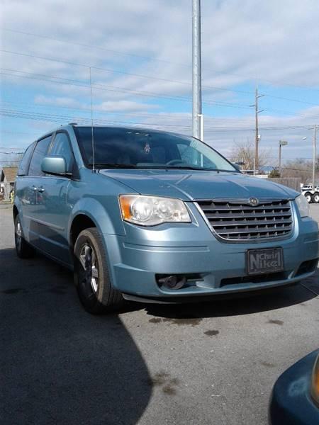 2010 Chrysler Town and Country Touring 4dr Mini-Van - Tulsa OK