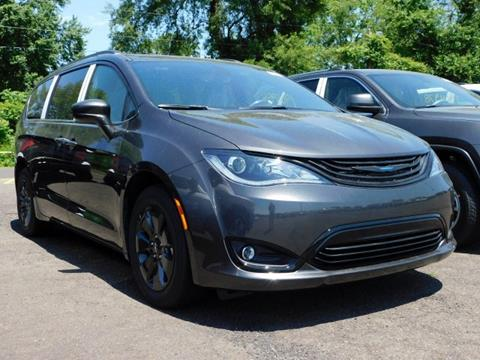 2019 Chrysler Pacifica Hybrid for sale in Langhorne, PA
