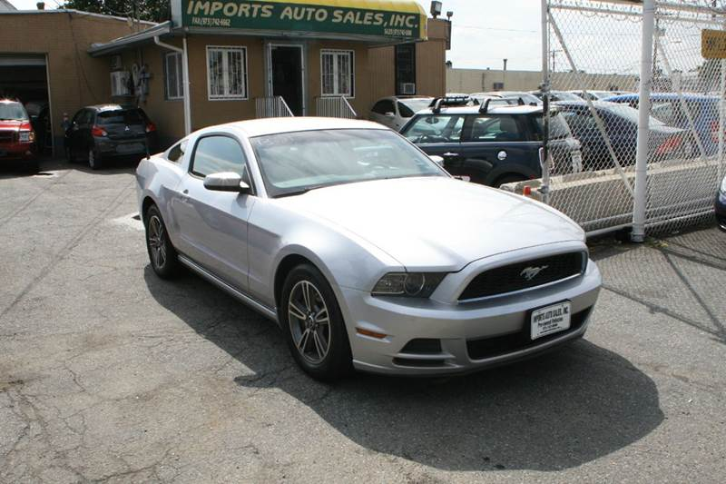 2013 Ford Mustang for sale at Imports Auto Sales Inc. in Paterson NJ