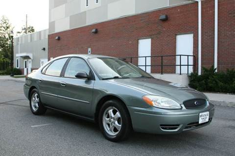 2005 Ford Taurus for sale at Imports Auto Sales Inc. in Paterson NJ