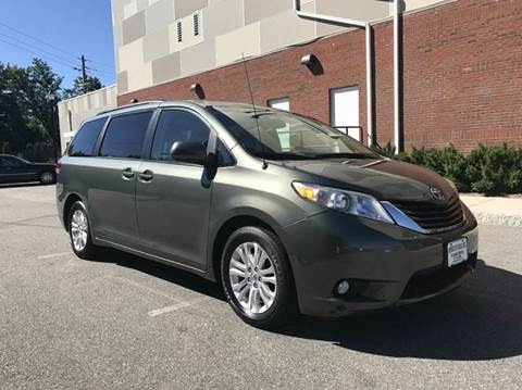 2014 Toyota Sienna for sale at Imports Auto Sales Inc. in Paterson NJ