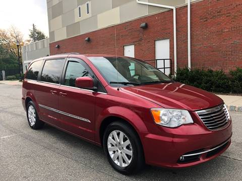 2013 Chrysler Town and Country for sale in Paterson, NJ