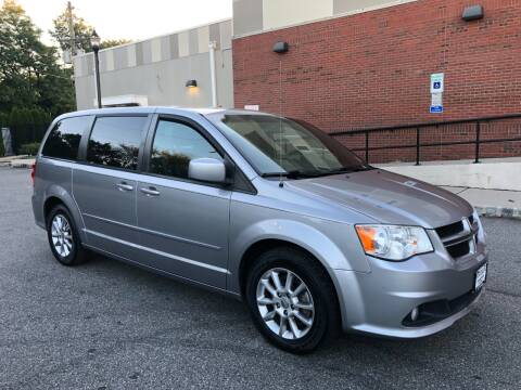 2013 Dodge Grand Caravan for sale at Imports Auto Sales Inc. in Paterson NJ