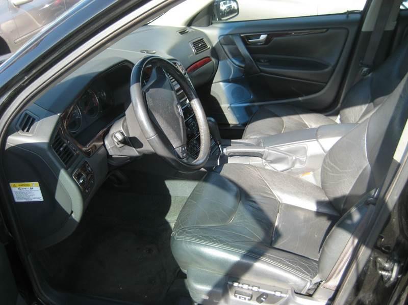 2004 Volvo S60 2.4 4dr Sedan - Spring Lake Park MN