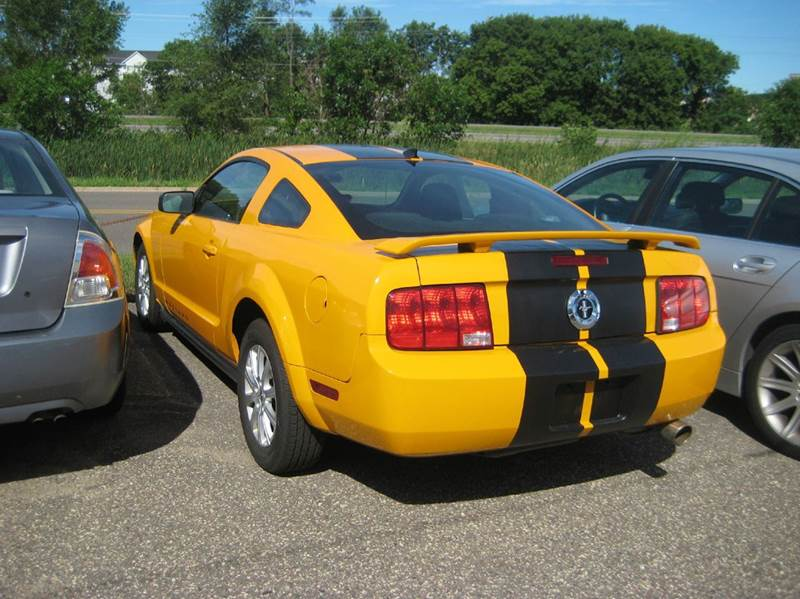 2008 Ford Mustang V6 Deluxe 2dr Coupe - Spring Lake Park MN