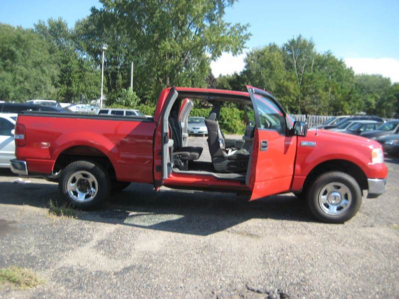 2005 Ford F-150 4dr SuperCab XLT 4WD Styleside 6.5 ft. SB - Spring Lake Park MN