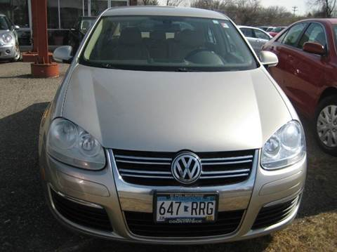 2005 Volkswagen Jetta for sale at Northtown Auto Sales in Spring Lake MN