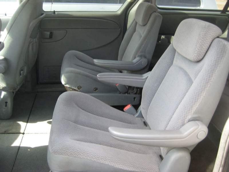 2006 Dodge Grand Caravan SXT 4dr Extended Mini-Van - Spring Lake Park MN