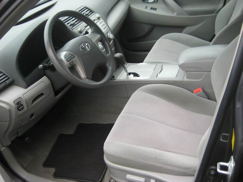 2011 Toyota Camry 4dr Sedan 6A - Spring Lake Park MN