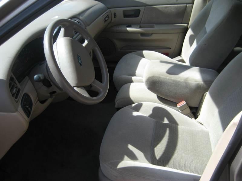 2006 Ford Taurus SE 4dr Sedan - Spring Lake Park MN