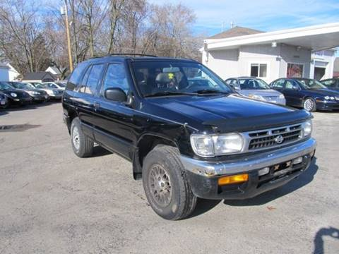 1996 Nissan Pathfinder for sale at St. Mary Auto Sales in Hilliard OH